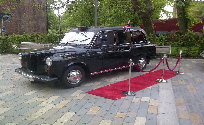 Hire our black cab photo booth in Newark
